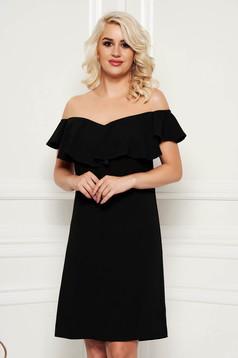 Rochie neagra eleganta cu un croi drept midi cu volanase