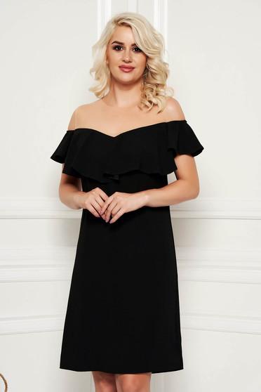 Rochie neagra eleganta midi cu un croi drept cu volanase umeri din plasa fara captuseala