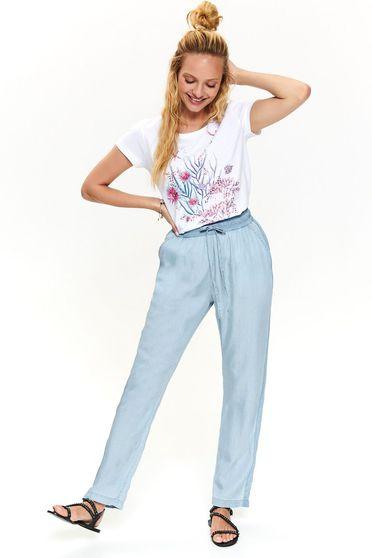 Pantaloni Top Secret albastri casual cu talie inalta cu elastic in talie si buzunare in fata