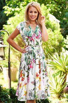 Rochie alba de zi midi in clos cu elastic in talie din material satinat cu imprimeu floral