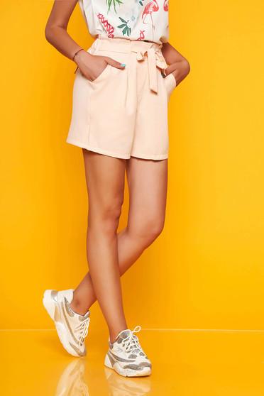 Pantalon scurt SunShine piersica casual cu talie inalta cu buzunare in fata accesorizat cu cordon