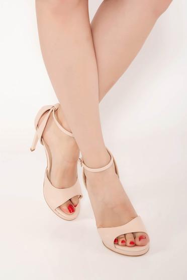 Sandale nude elegante din piele naturala cu toc inalt si barete subtiri