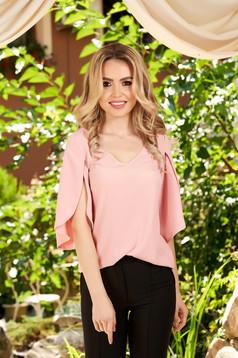Bluza dama LaDonna roz prafuit casual cu croi larg cu decolteu in v cu maneci decupate