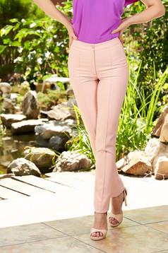Pantaloni LaDonna roz prafuit office conici cu talie medie din material usor elastic cu buzunare false