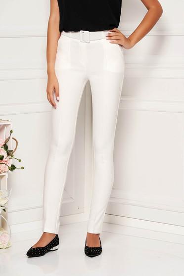 Pantaloni Fofy albi eleganti cu talie medie cu un croi drept cu accesoriu tip curea