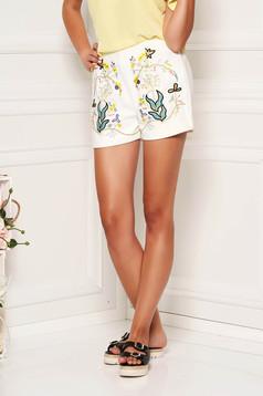 Pantalon scurt SunShine ivoire casual din bumbac reiat cu talie medie si elastic