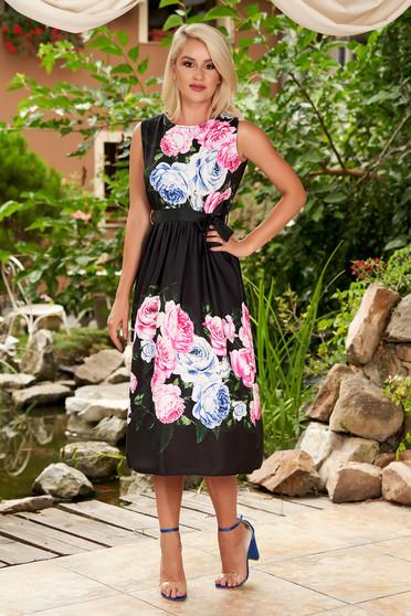 Rochie SunShine neagra midi de zi in clos fara maneci cu imprimeu floral si cordon detasabil