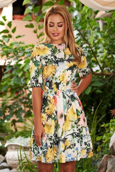 Rochie SunShine galbena scurta de zi in clos cu decolteu rotunjit cu elastic in talie si imprimeu floral