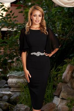 Rochie PrettyGirl neagra eleganta midi tip creion cu maneci din voal cu decolteu rotunjit si pietre strass