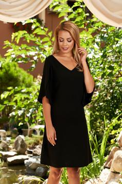 Rochie LaDonna neagra scurta eleganta cu un croi drept cu buzunare cu decolteu in v si maneci decupate