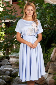 StarShinerS blue occasional cloche dress with elastic waist accessorized with tied waistband