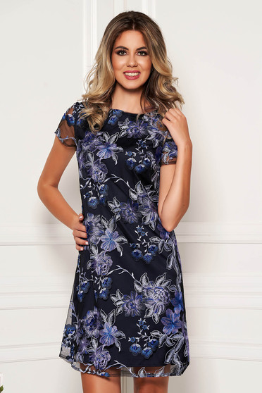 Rochie albastru-inchis eleganta scurta din dantela cu maneci scurte si decolteu rotunjit