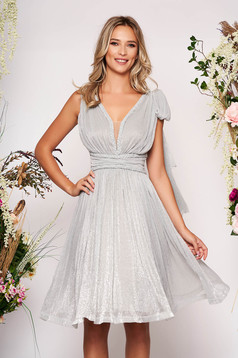 Silver dress occasional short cut cloche from veil fabric bow accessory with v-neckline sleeveless