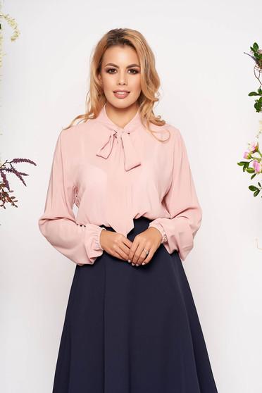 Bluza dama StarShinerS roz prafuit eleganta cu croi larg din voal cu maneci lungi si guler tip esarfa