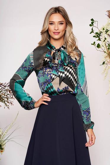 Bluza dama StarShinerS verde scurta eleganta cu croi larg din material satinat cu maneci prinse in elastic