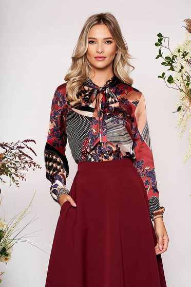 Bluza dama StarShinerS visinie scurta eleganta cu croi larg din material satinat cu maneci prinse in elastic
