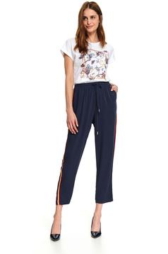 Pantaloni Top Secret albastru-inchis lungi casual cu croi larg cu buzunare in fata