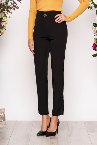 Pantaloni PrettyGirl negri eleganti din stofa usor elastica cu un croi drept si buzunare