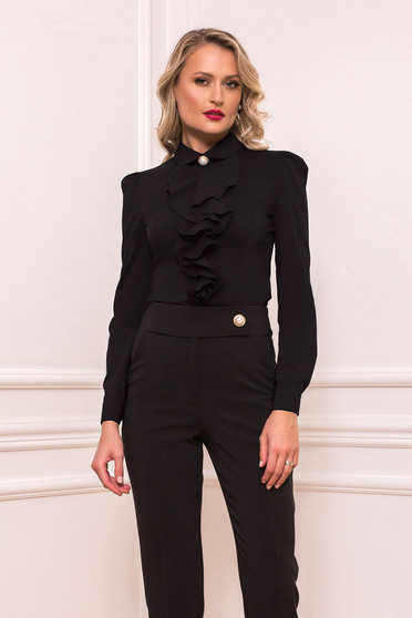 Camasa dama PrettyGirl neagra scurta eleganta mulata cu volanase cu maneci lungi si guler barcuta