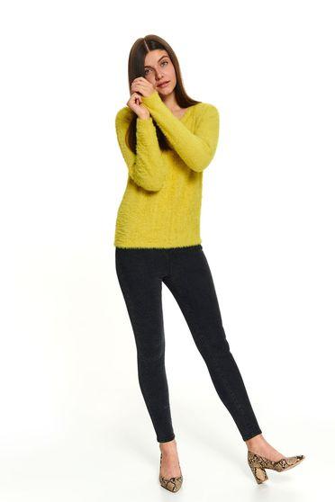 Pulover Top Secret galben scurt casual cu maneci lungi si decolteu rotunjit