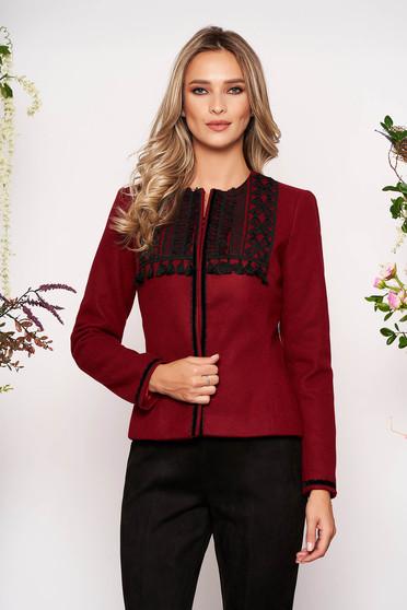 Sacou LaDonna visiniu scurt elegant cambrat din lana cu maneci lungi cu umerii buretati