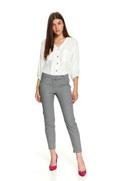 Bluza dama Top Secret alba scurta office cu croi larg cu buzunare in fata si maneci trei-sferturi