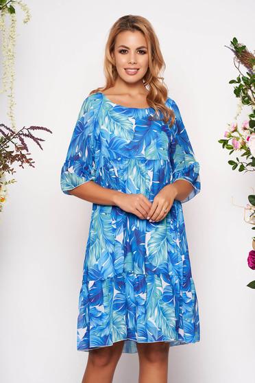 Rochie albastra scurta de zi in clos din voal cu maneci scurte tip clopot cu imprimeu floral