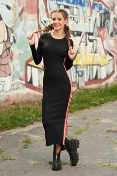 Rochie SunShine neagra casual tip creion din material reiat tricotata cu decolteu rotunjit cu maneci lungi