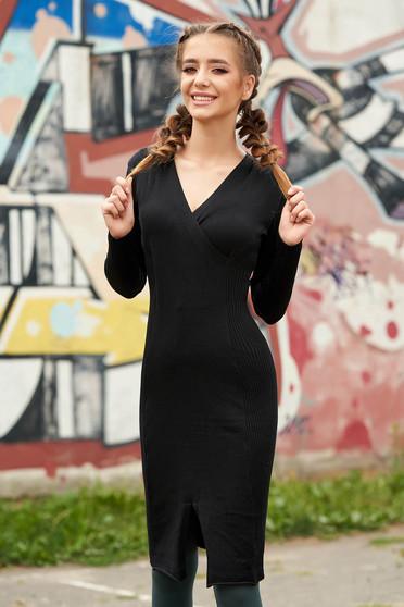 Rochie SunShine neagra midi casual tip creion din material tricotat reiat cu decolteu in v