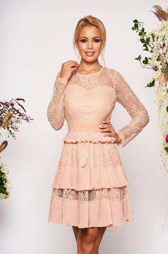 Rochie SunShine roz prafuit scurta de ocazie in clos din dantela banda elastica cu maneci lungi cu maneci din dantela