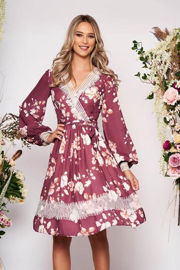 Rochie LaDonna maro midi eleganta in clos din voal cu decolteu in v cu maneci lungi cu imprimeu floral
