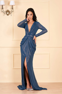Ana Radu turquoise dress luxurious long with deep cleavage with v-neckline long sleeved with inside lining