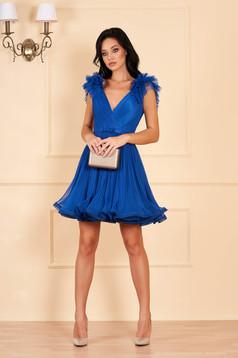Rochie Ana Radu albastra de lux in clos din tul captusita pe interior cu decolteu adanc