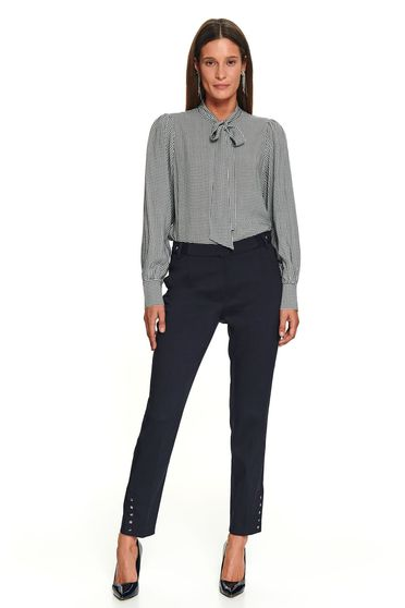 Pantaloni Top Secret negri lungi eleganti cu un croi drept si buzunare