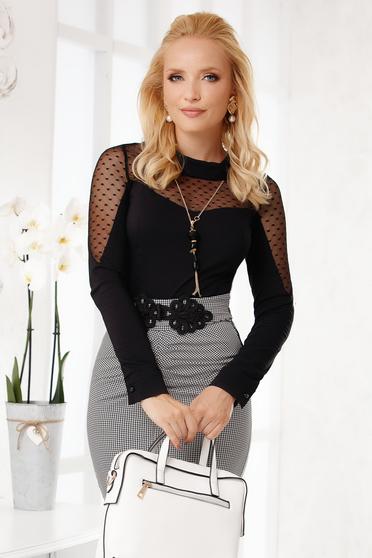 Camasa dama Fofy neagra scurta eleganta din bumbac cu maneci lungi si aplicatii din plumeti