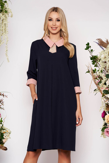 Rochie albastru-inchis midi eleganta cu croi larg din stofa subtire cu buzunare cu guler si maneci trei-sferturi