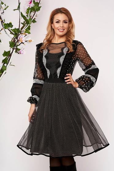 Rochie LaDonna neagra midi eleganta in clos din voal cu maneci lungi cu maneci prinse in elastic cu volanase si buline