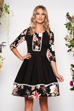 Black dress elegant short cut cloche with floral print with 3/4 sleeves without clothing with rounded cleavage