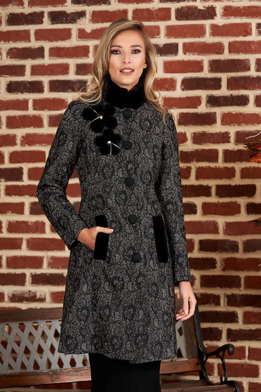 Palton LaDonna negru elegant cambrat din lana captusit pe interior cu detalii handmade