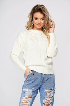 White sweater casual knitted short cut flared long sleeved with rounded cleavage