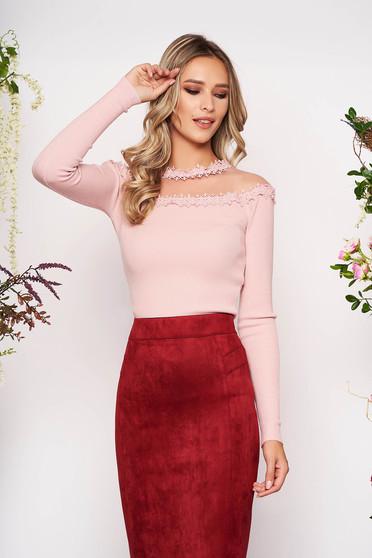 Bluza dama SunShine roz deschis din material tricotat din dantela cu un croi mulat cu maneca lunga