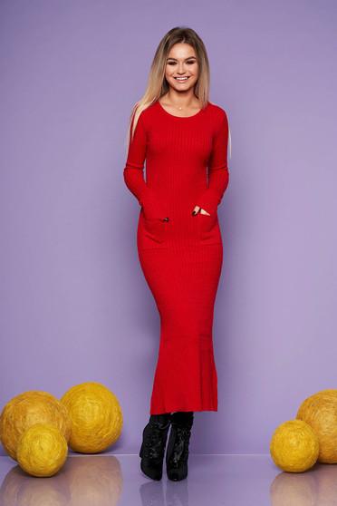 Rochie SunShine rosie de zi din material tricotat lunga cu un croi mulat