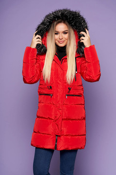 Red from slicker jacket with straight cut with inside lining with faux fur accessory