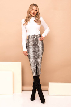 Grey high waisted pencil skirt from ecological leather accessorized with belt