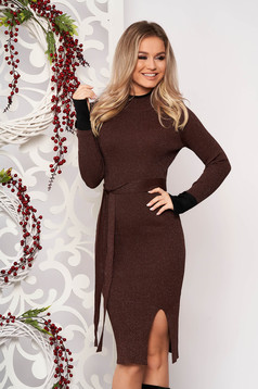 Darkbrown dress elegant midi pencil knitted from striped fabric with turtle neck frontal slit