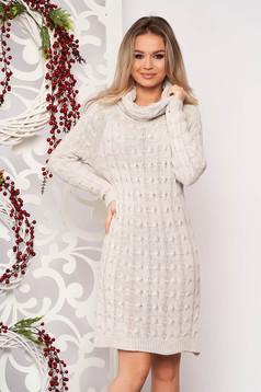 Rochie SunShine crem midi de zi din material tricotat cu maneci lungi pe gat fara captuseala