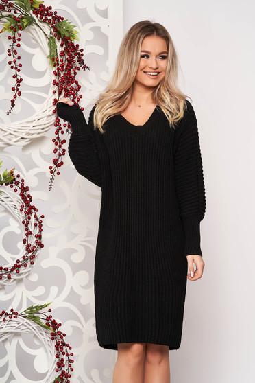Rochie SunShine neagra casual midi din material tricotat cu un croi drept cu decolteu in v si maneci lungi