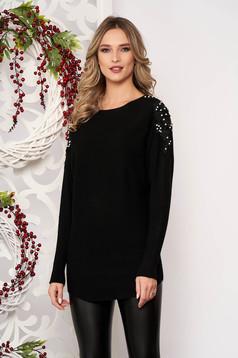 Pulover SunShine negru cu croi larg scurt din material tricotat cu aplicatii de dantela cu maneci lungi