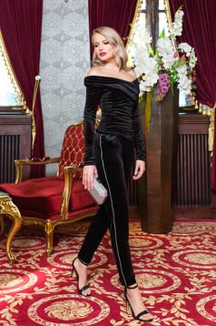 Pantaloni PrettyGirl negri de ocazie din catifea cu buzunare si aplicatii cu pietre strass