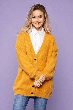 Mustard cardigan elegant with v-neckline long sleeved with buttons